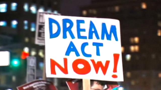 Trump to Schumer: No wall, no DACA deal