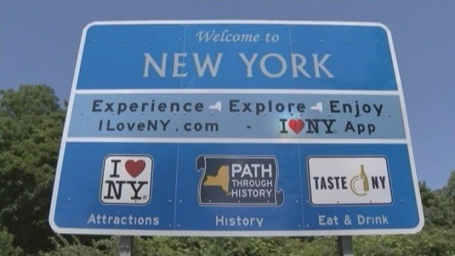 NY state could lose $14M in funding over highway signs
