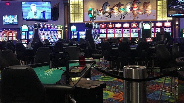 Tv commercials for vernon downs casino machines fitsgeralds casino